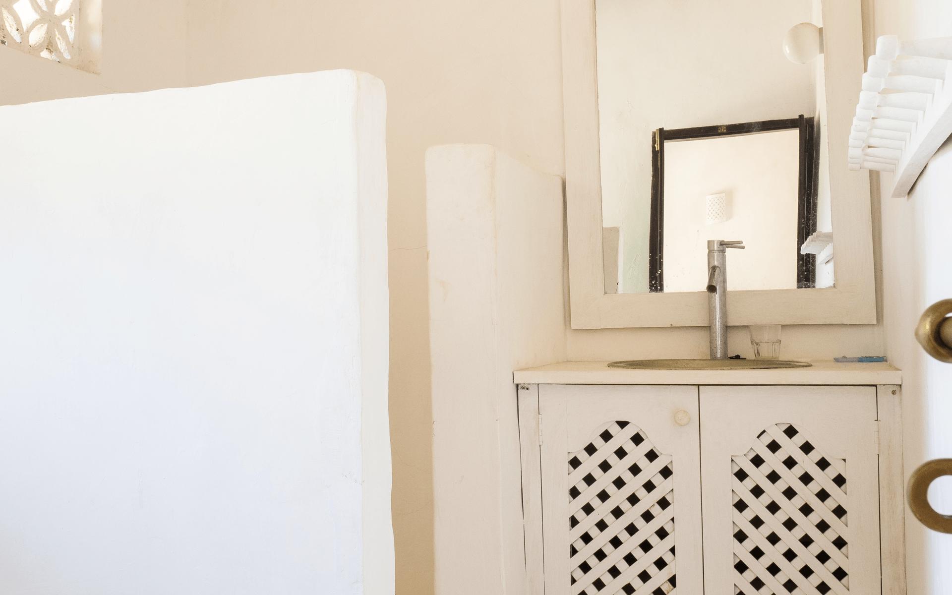 experience-kusini-LV-bathroom