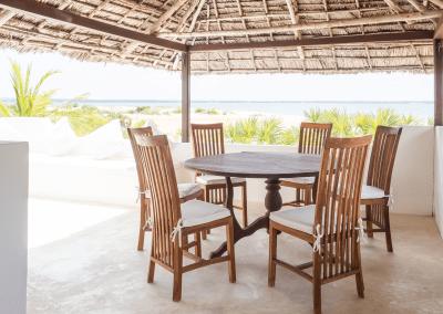 experience-kusini-breakfast-table