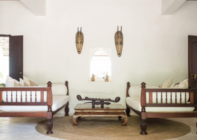 experience-kusini-downstairs-seating