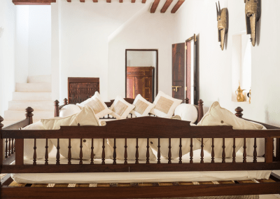 experience-kusini-downstairs-seating-back